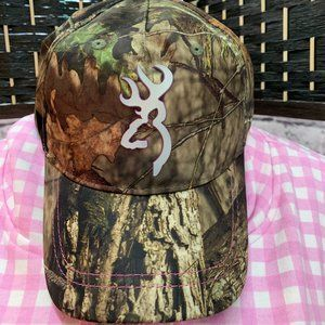 Browning Logo Camouflage Pink Accent Baseball Cap